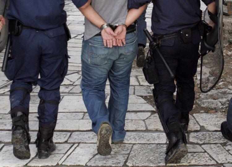 Σύλληψη 39χρονου στην Ημαθία, σε βάρος του εκκρεμούσε ένταλμα σύλληψης για διακεκριμένες περιπτώσεις κλοπής