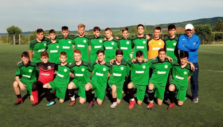 Το εφηβικό τμήμα του Αγροτικού Αστέρα για δεύτερη συνεχόμενη χρονιά στον τελικό του πρωταθλήματος υποδομών Κ16 της ΕΠΣ Ημαθιας
