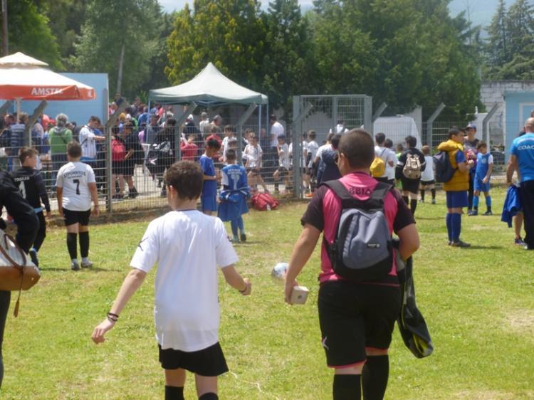 Ποδοσφαιρική γιορτή στο γήπεδο του Μακροχωρίου με τη συμμετοχή 20 ακαδημιών