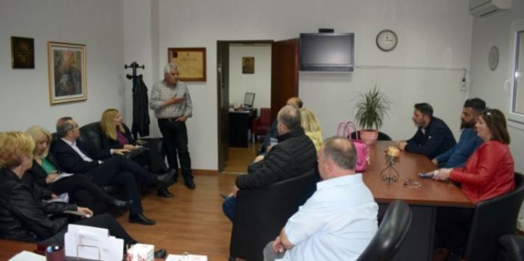 ΣΥΝΔΗΜΟΤΕΣ : Επίσκεψη στο Νοσοκομείο Βέροιας