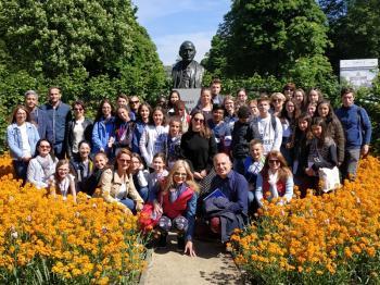 Μαθητές και εκπαιδευτικοί του Δημοτικού σχολείου Κουλούρας στις Βρυξέλλες