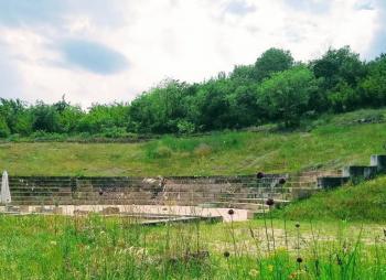 «Προσφυγιά και Μετανάστευση-Ανέντιμη καταδίκη» στο Αρχαίο Θέατρο της Μίεζας