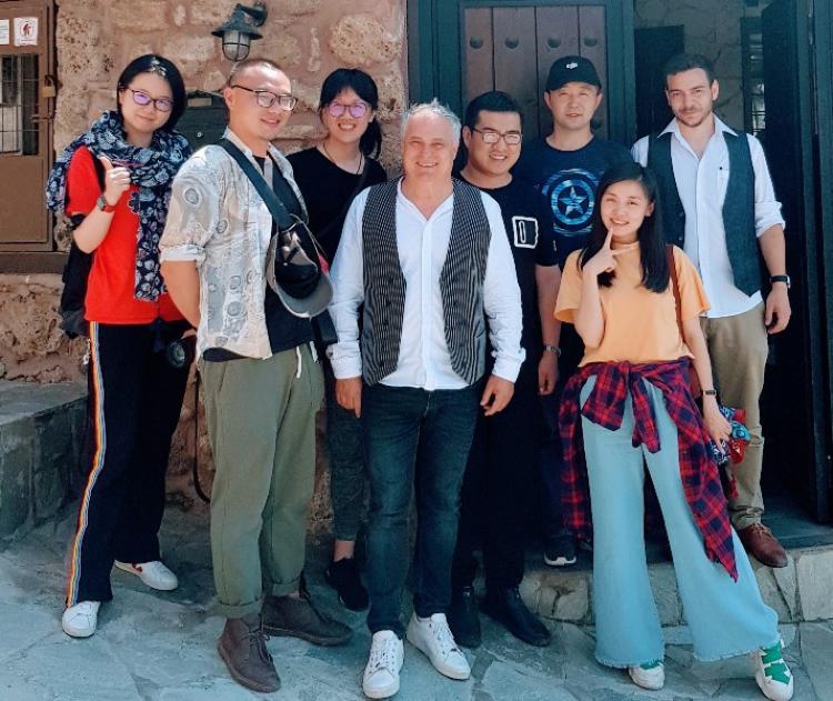 Κινέζοι δημοσιογράφοι και travel Bloggers στη Βέροια