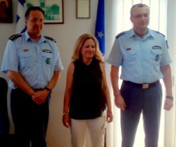 Στη Διεύθυνση Αστυνομίας Ημαθίας και την Πυροσβεστική Υπηρεσία Βέροιας η υποψήφια βουλευτής της ΝΔ στην Ημαθία, Νίκη Καρατζιούλα
