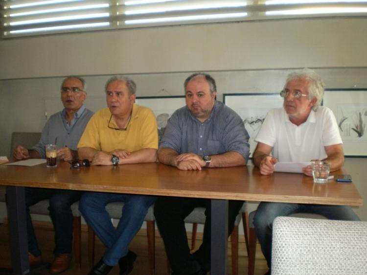 Β. Έξαρχος και Μ. Γαρδικιώτης : «Η ελληνική γεωργία και κτηνοτροφία πορεύεται χωρίς πυξίδα»