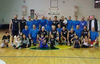 WARRIORS ήταν οι Βεροιώτες σε φιλικό αγώνα παλαιμάχων μπάσκετ στη Νάουσα
