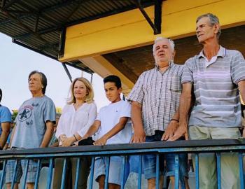 Στον αγώνα των παλαιμάχων ποδοσφαιριστών, για την αποκατάσταση της υγείας του Γρ.Τρούπκου, παρέστη η Ν.Καρατζιούλα