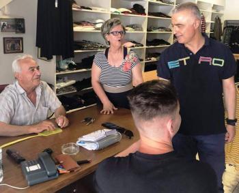 Την αγορά της Αλεξάνδρειας επισκέφτηκε την Τετάρτη ο Λάζαρος Τσαβδαρίδης