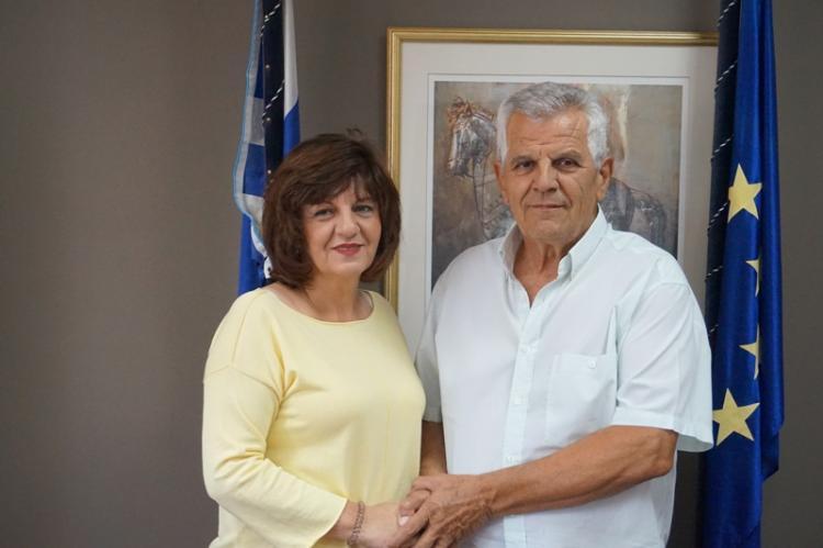 Το Νοσοκομείο της Βέροιας επισκέφθηκε η Φρόσω Καρασαρλίδου