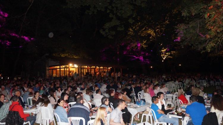 «Λύρες στις Πηγές» 2019 στο Άλσος του Αγίου Νικολάου στη Νάουσα