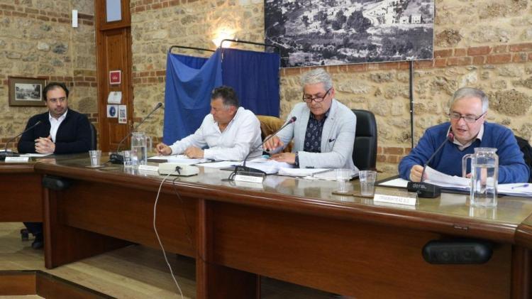 Με 27 θέματα ημερήσιας διάταξης συνεδριάζει τη Δευτέρα το Δημοτικό Συμβούλιο Βέροιας