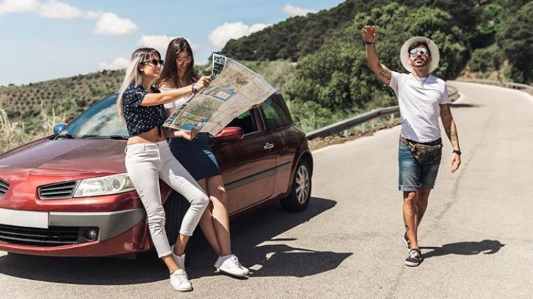Αποτέλεσμα εικόνας για ΙΝΣΕΤΕ: Μείωση 12% των εισερχόμενων οδικώς ταξιδιωτών το α' εξάμηνο του 2019