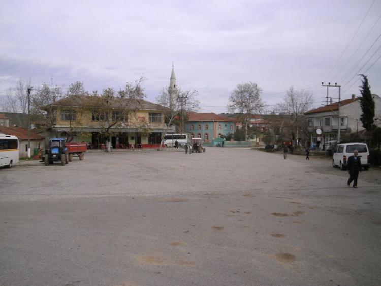 Ένα ταξίδι στην αντίπερα όχθη, στα χωριά της Προύσας, στους Συριάνους