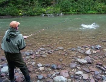 Απαγόρευση αλιείας στους ποταμούς Τριπόταμο & Αράπιτσα Π.Ε. Ημαθίας