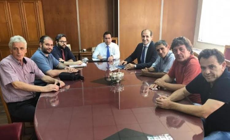 Δέσμευση του υφυπουργού Ν. Μηταράκη ότι δεν θα υπάρξει καμία υποβάθμιση των υπηρεσιών του ΕΦΚΑ Νάουσας