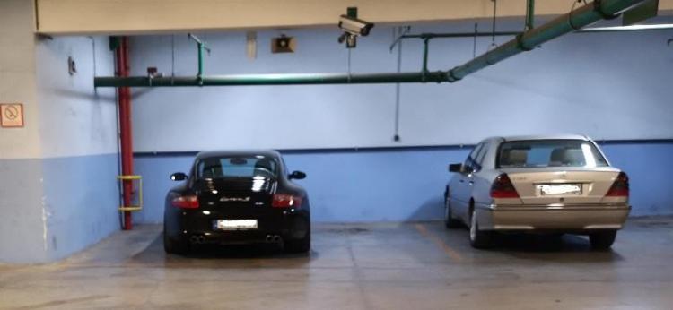 Ταξικές διακρίσεις και στο...παρκάρισμα!
