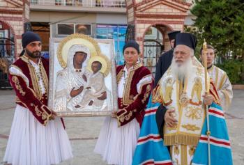 Την Ιερά Εικόνα της «Παναγίας του Όρους των Ελαιών» υποδέχθηκε η Αλεξάνδρεια