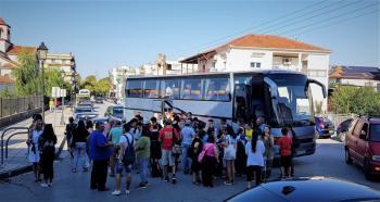 Αναχώρησαν για τη Ν.Σκιώνη Χαλκιδικής παιδιά και νέοι, που συμμετέχουν στο Κατασκηνωτικό Πρόγραμμα για παιδιά ΑΜΕΑ του Δ.Αλεξάνδρειας