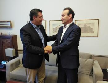 Συνάντηση του Περιφερειακού Διευθυντή Εκπαίδευσης Κεντρικής Μακεδονίας με τον Περιφερειάρχη κ. Τζιτζικώστα