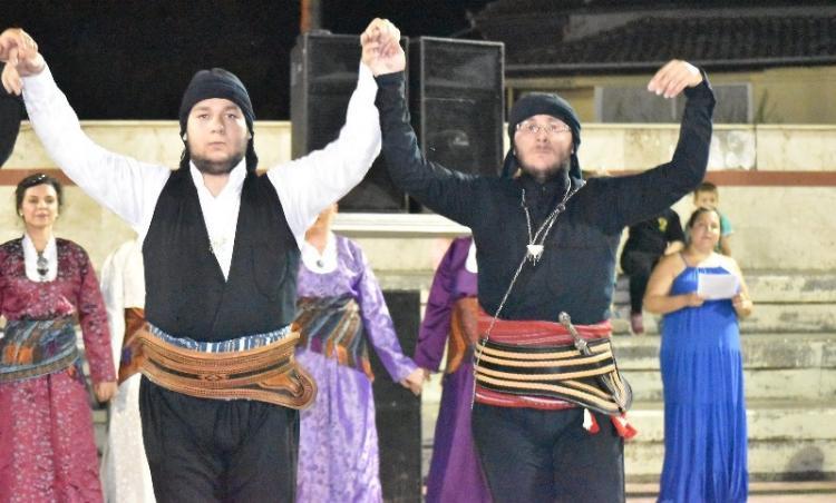 Χορευτική βραδιά από τον Σύλλογο Ποντίων Μακροχωρίου