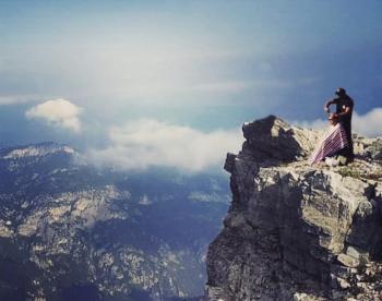Ένα μοδάτο κούρεμα στα...2918 μέτρα του Μύτικα!