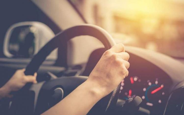 Υπερψηφίστηκε στη Βουλή το νομοσχέδιο για τα διπλώματα οδήγησης