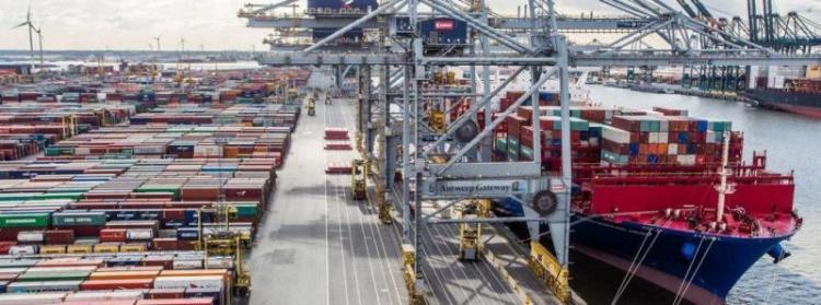 Θετικό πρόσημο για τις ελληνικές εξαγωγές το πρώτο εξάμηνο