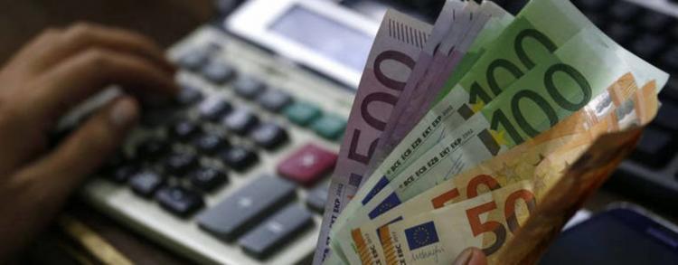 Σε ισχύ οι αλλαγές στη ρύθμιση έως 120 δόσεων για χρέη στην εφορία