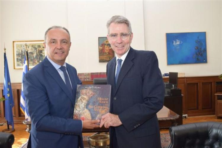 Συναντήσεις του Θ.Καράογλου με τους πρέσβεις των ΗΠΑ και Γερμανίας