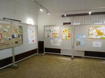 Μαθητική έκθεση ζωγραφικής με θέμα την αντίδραση στον εκφοβισμό