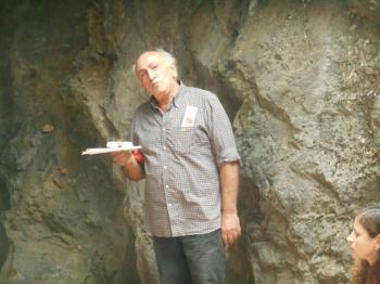 Η ''ΓΑΛΑΡΙΑ'' της ποίησης στο Γουρνόσοβο Νάουσας, τα ποιήματα μήλα στα χέρια, Βάθρες Μεταμόρφωσης