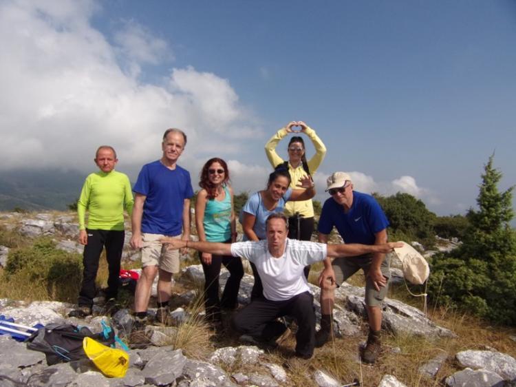 ΒΕΡΜΙΟ, ΛΕΥΚΌΠΕΤΡΑ - ΑΡΑΠΗΣ 1240 μ., Κυριακή 8  Σεπτεμβρίου 2019, με τους Ορειβάτες Βέροιας