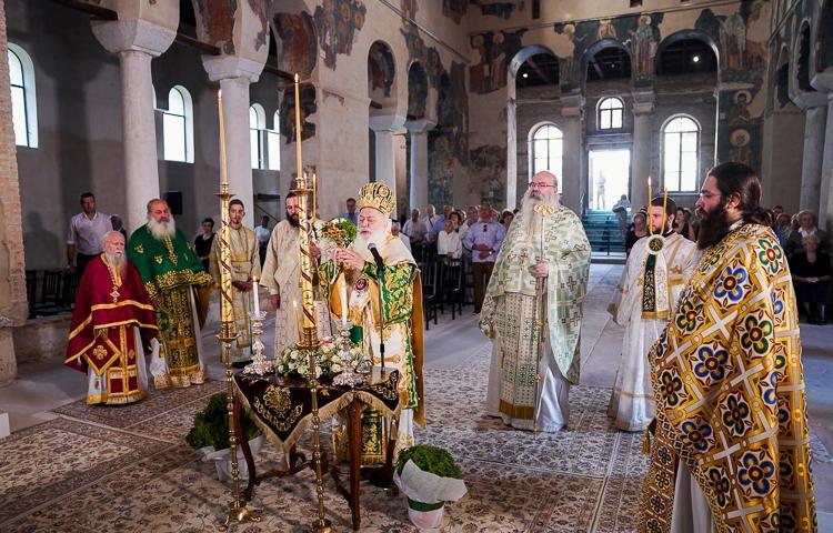 Η Παγκόσμιος Ύψωσις του Τιμίου Σταυρού στην Ιερά Μητρόπολη Βεροίας.