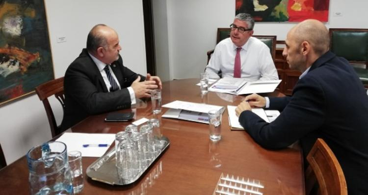 Συνάντηση αντιπροσωπείας της ΓΣΕΒΕΕ με τον Υφυπουργό Ανάπτυξης και Επενδύσεων, κ. Γιάννη Τσακίρη