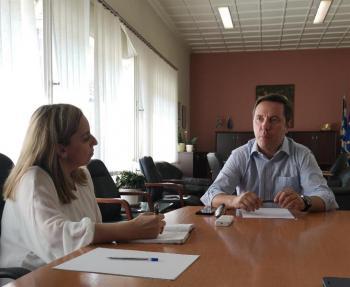 Με πρωτότυπες ιδέες η πρώτη συνάντηση του δημάρχου Νάουσας με τους δημοσιογράφους