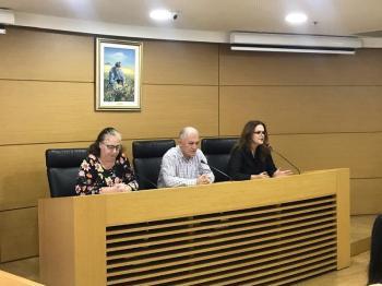 ΠΕΔ-ΚΜ : Δώρισε ηλεκτρονικούς υπολογιστές σε νέους, ενισχύοντας την ισότιμη συμμετοχή τους στο δημόσιο βίο ως ενεργών πολιτών