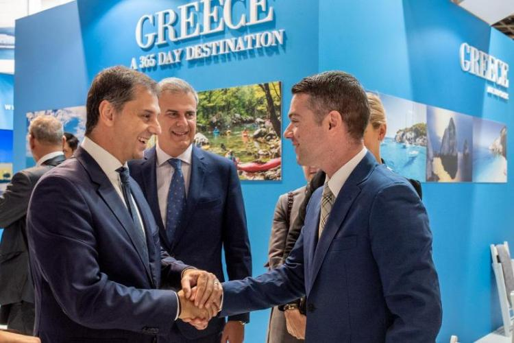 Επαφές του υπουργού Τουρισμού κ. Χάρη Θεοχάρη στο Παρίσι με εκπροσώπους του παγκόσμιου τουριστικού κλάδου
