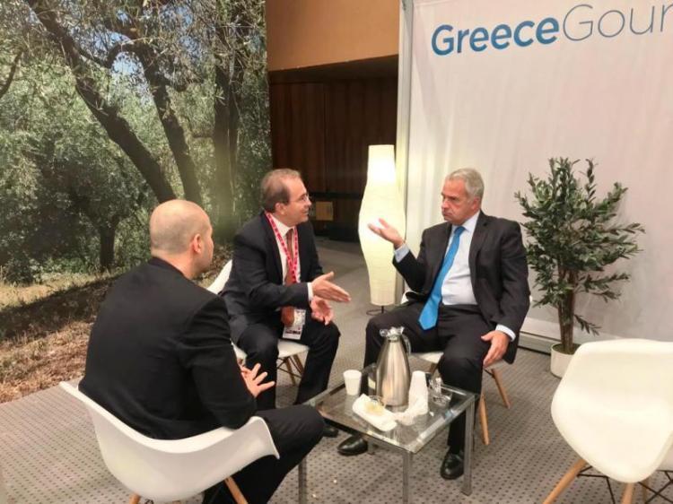 Συνάντηση του ΥπΑΑΤ Μ. Βορίδη με εκπροσώπους των Ελλήνων κονσερβοποιών για τους δασμούς των ΗΠΑ