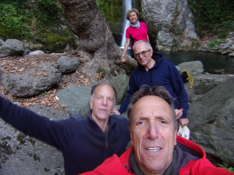 ΛΟΥΤΡΑ ΠΟΖΑΡ – ΚΑΤΑΡΡΑΚΤΗΣ  ΚΟΥΝΟΥΠΙΤΣΑ, Tετάρτη 16 Οκτωβρίου 2019, με τους Ορειβάτες Βέροιας