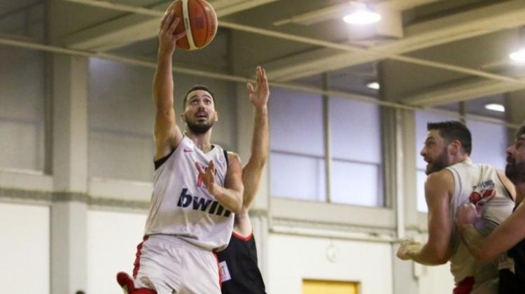 ΟΦίλιππος γνώρισε την δεύτερη ήττα του εκτός έδρας, αυτή τη φορά στο ΣΕΦ από τον Ολυμπιακό με 80-66
