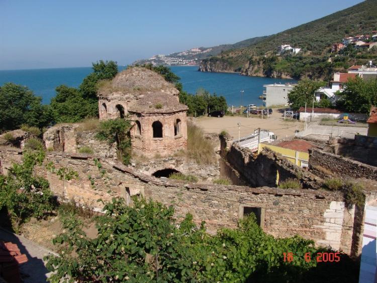 Ένα ταξίδι στην αντίπερα όχθη, στα Ελληνικά χωριά της Προύσας, προς τη Συγή
