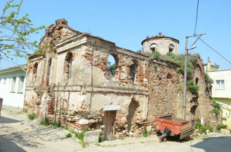 Ένα ταξίδι στην αντίπερα όχθη, στα Ελληνικά χωριά της Προύσας. Στην ιστορική Τρίγλια