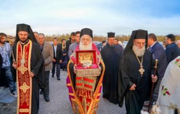Απότμημα της Τιμίας Κάρας της Αγίας Παρασκευής υποδέχθηκαν τα Κύμινα
