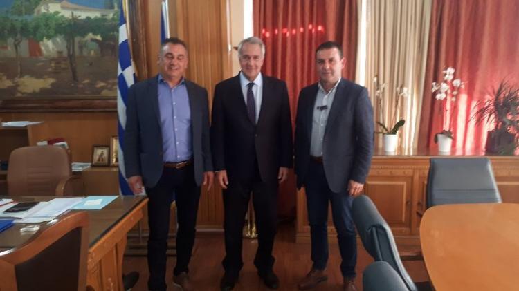 Ευρεία σύσκεψη με θέμα το ροδάκινο στη Βέροια με συμμετοχή του Μ. Βορίδη που αποδέχτηκε το σχετικό αίτημα