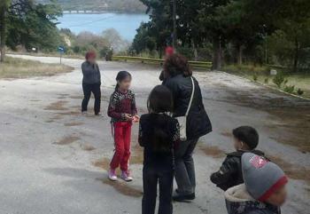 Το Δ.Σ. της ΕΛΜΕ Ημαθίας επισκέφθηκε τυς πρόσφυγες στην Αγία Βαρβάρα