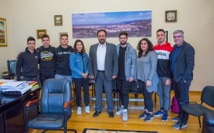 Μαθητές του 5ου ΓΕΛ Βέροιας συναντήθηκαν με τον Δήμαρχο Βέροιας, Κ. Βοργιαζίδη