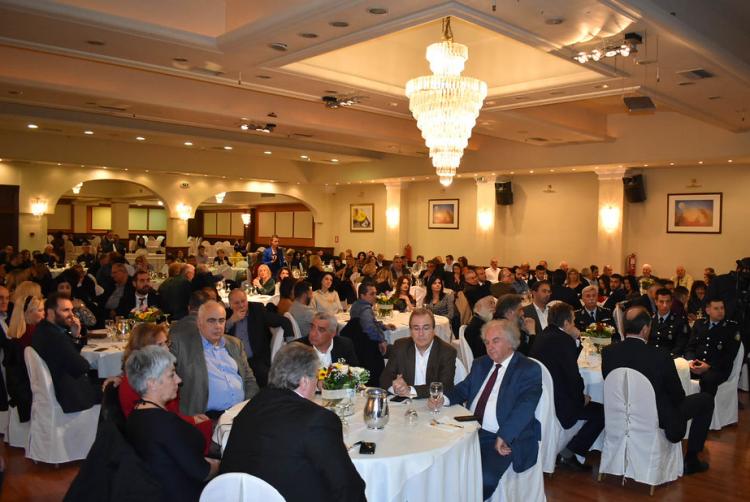 Γιορτινή, νοσταλγική, βραδιά για τα 100χρονα του Εμπορικού Συλλόγου Βέροιας!