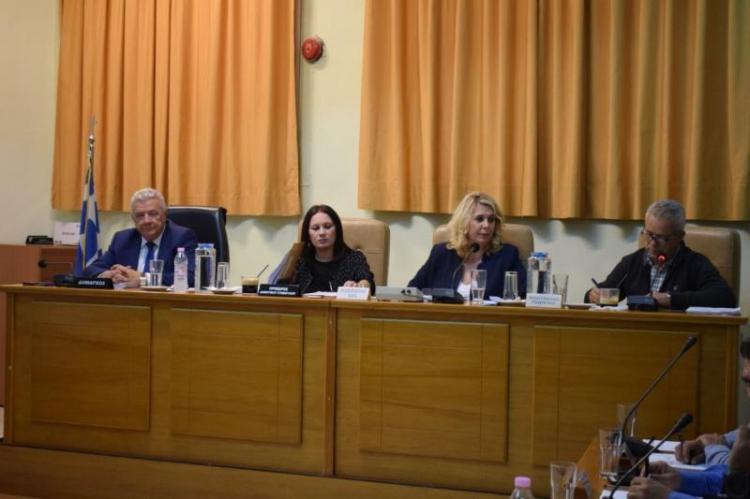 Τεχνικό πρόγραμμα και δημοτικά τέλη στο δημοτικό συμβούλιο Αλεξάνδρειας