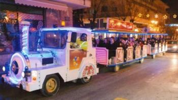 Ξεκινά δρομολόγια το Χριστουγεννιάτικο τρενάκι στη Βέροια