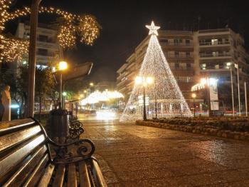 Γιορτινό κλίμα στην αγορά της Ημαθίας, με πολλές εκδηλώσεις από Δήμους και Αντιπεριφέρεια